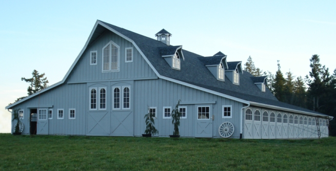 Gambrel barns gambrel barn kits horse barns barn homes for Gambrel garage kit